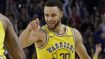 NBA star Steph Curry reveals he's been hitting 3's with blurry vision