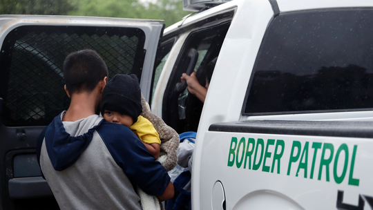 Radio ads offer to 'help out' migrants trying to enter US, Border Patrol official says
