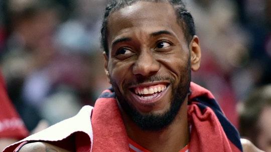 Leonard has 27 as Raptors rout Magic 115-96, clinch series
