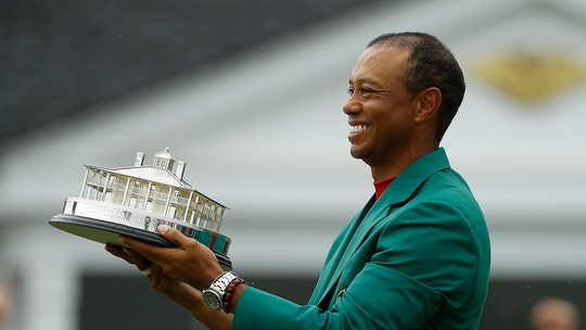 Phil Knight on Tiger Woods' 2019 Masters win: 'Gave me goosebumps' and 'a few tears'