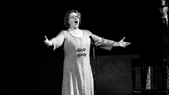 Kate Smith's 'God Bless America' out at Yankee Stadium over racist songs