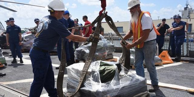 Westlake Legal Group 1000w_q95 Coast Guard offloads seized drugs worth $62.5M fox-news/us/military/coastguard fox-news/us/military fox-news/us/crime/drugs fnc/us fnc bc648f46-8b4c-5a96-91e2-cd53651e5762 Associated Press article