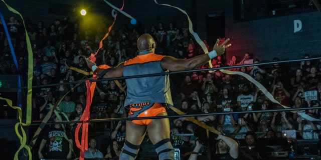 Jay Lethal receives a warm welcome from the ROH fans