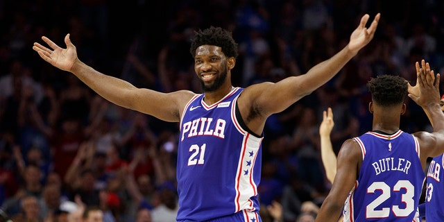 Philadelphia 76ers' Joel Embiid donated $500,000 to medical relief. (AP Photo/Chris Szagola)