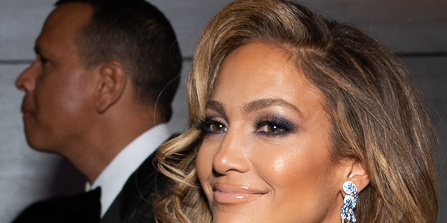 Though much has changed through Jennifer Lopez' 20-plus years in the spotlight, oneconstant has remainedthe same — her seemingly ageless, radiant skin.