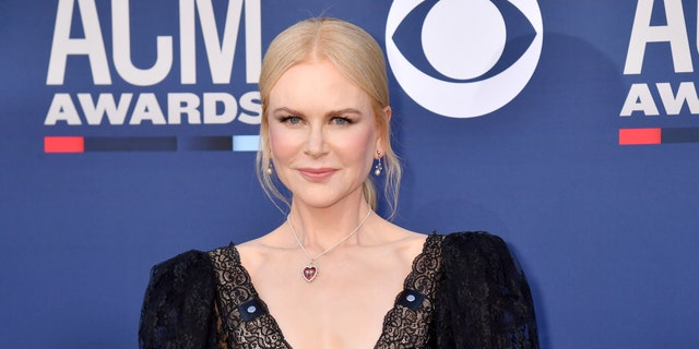 Nicole Kidman reunited with her mom after spending eight months apart due to the coronavirus.