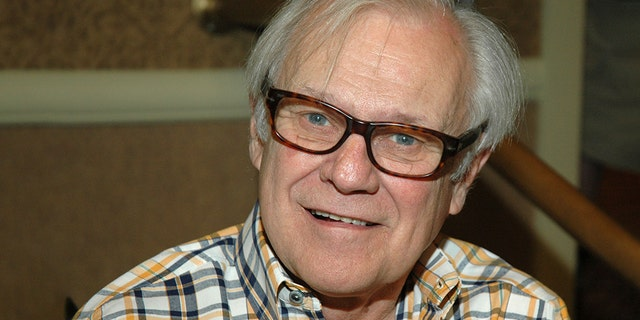 Ken Kercheval had a long career on stage and on screen.