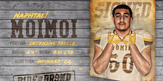 Naphtali Moimoi played football at Hayward High School.