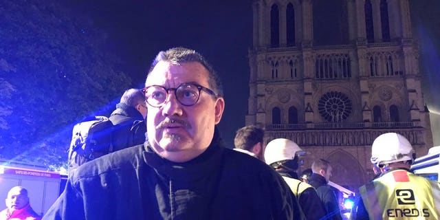Jean-Marc Fournier, the chaplain of the Paris Fire Brigade, was credited with saving relics.