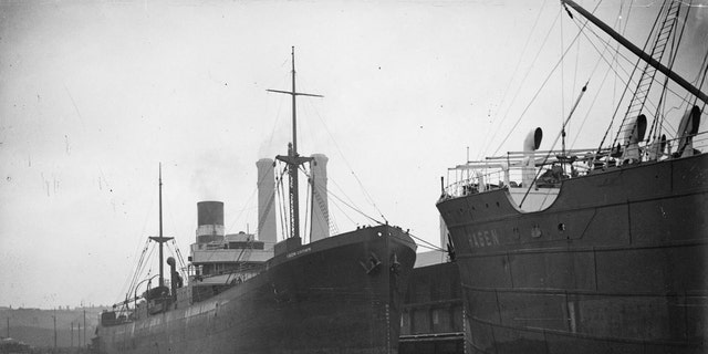 File photo of the SS Iron Crown (left) alongside the SS Hagen (National Library of Australia)