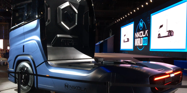 The Nikola Tre was also on display that will roll out in the European market. Similarly to the Nikola Two, the Nikola Tre has digital camera mirrors and a digital cockpit.