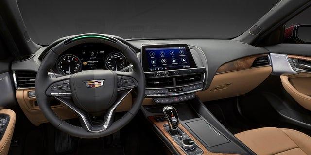 Hands off: Semi-autonomous 2020 Cadillac CT5 debuts at New ...