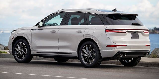 Westlake Legal Group cors-1 2020 Lincoln Corsair looks to make waves in the compact luxury SUV segment Gary Gastelu fox-news/news-events/new-york-auto-show fox-news/auto/style/suv fox-news/auto/make/lincoln fox-news/auto/attributes/luxury fox news fnc/auto fnc article ae97c766-e6f8-5097-9a0c-f58b718def68
