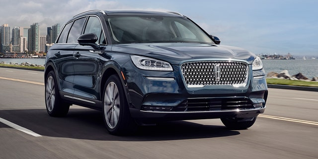 Westlake Legal Group cors2 2020 Lincoln Corsair looks to make waves in the compact luxury SUV segment Gary Gastelu fox-news/news-events/new-york-auto-show fox-news/auto/style/suv fox-news/auto/make/lincoln fox-news/auto/attributes/luxury fox news fnc/auto fnc article ae97c766-e6f8-5097-9a0c-f58b718def68