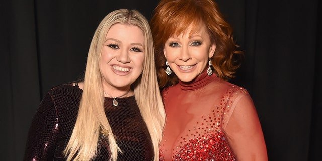 Kelly Clarkson and Reba McEntire attend the 53rd Academy of Country Music Awards at MGM Grand Garden Arena on April 15, 2018 in Las Vegas.