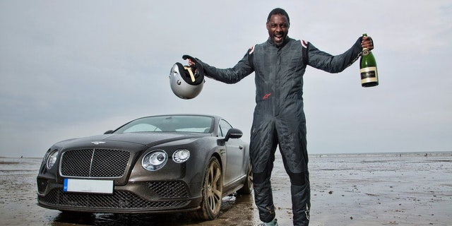 Westlake Legal Group mile1 Biker beats 'The Wire' star Idris Elba's 'flying mile' speed record with 182.4 mph run Tom Bevan SWNS fox-news/auto/style/motorcycles fox-news/auto/attributes/performance fnc/auto fnc dcf61970-6513-560c-aad4-f4ac14383925 article