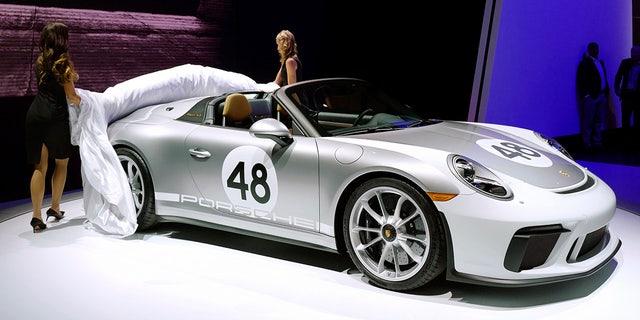 Westlake Legal Group ps1 2019 Porsche 911 Speedster strips down to its birthday suit Gary Gastelu fox-news/news-events/new-york-auto-show fox-news/auto/make/porsche fox-news/auto/attributes/performance fox news fnc/auto fnc e057df13-0bc8-597f-9b36-c171e1027853 article