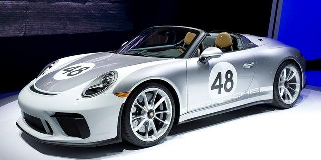 Westlake Legal Group ps2 2019 Porsche 911 Speedster strips down to its birthday suit Gary Gastelu fox-news/news-events/new-york-auto-show fox-news/auto/make/porsche fox-news/auto/attributes/performance fox news fnc/auto fnc e057df13-0bc8-597f-9b36-c171e1027853 article