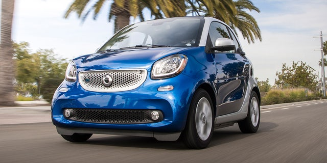 Smart to end sales of America's smallest vehicle this year