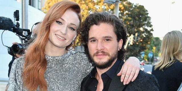 """Game of Thrones"" stars Sophie Turner and Kit Harington"