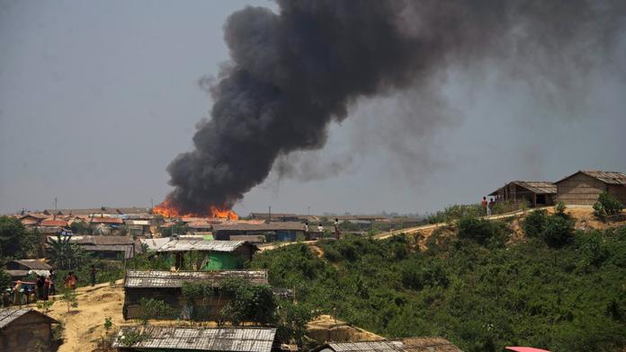 Fire guts shanties in Bangladesh Rohingya refugee camp