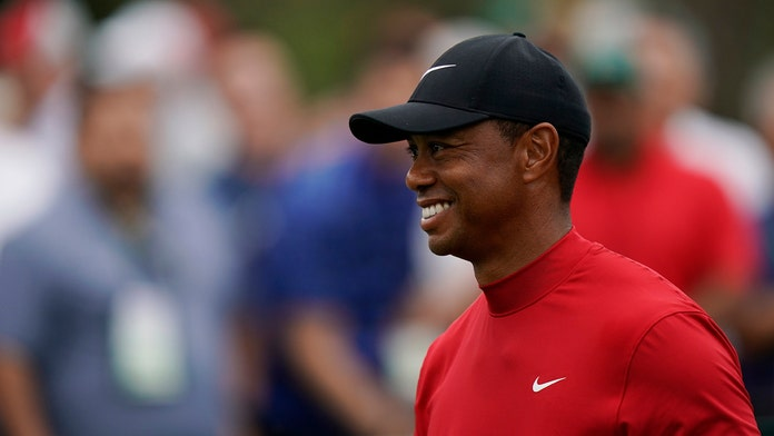 Tiger Woods both compliments and roasts man who placed $100G bet on him to win the next three majors