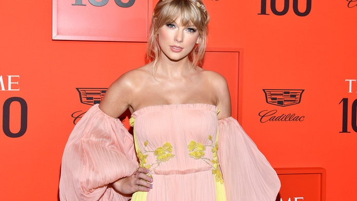 Taylor Swift looks perfect in pastel gown at Time 100
