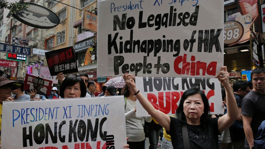 Thousands in Hong Kong protest against China extradition plan