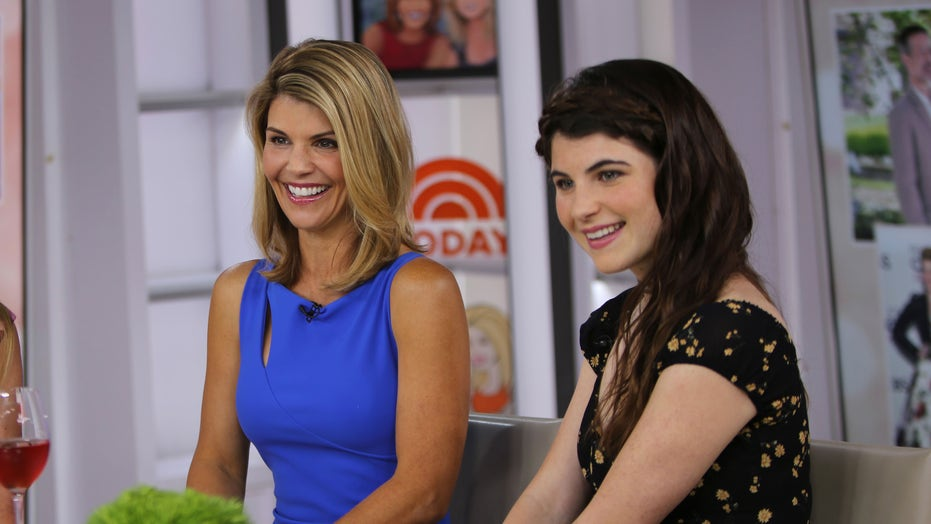 Could Lori Loughlin get off scot-free in college admission scandal?