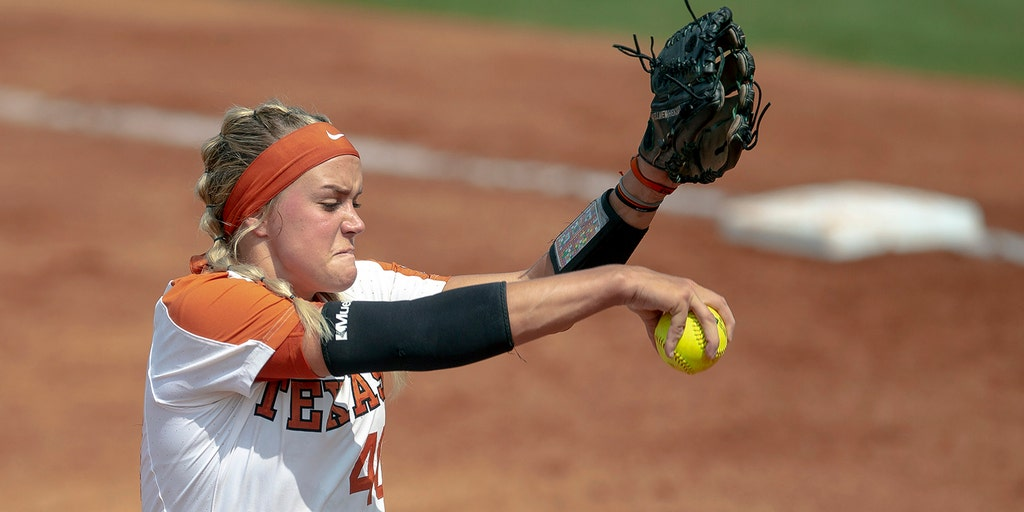 Texas softball pitcher 'doing well' after ball hits her in face