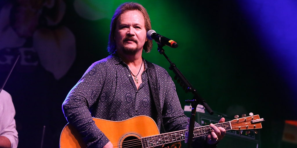 Country star Travis Tritt involved in fatal accident, 2 dead