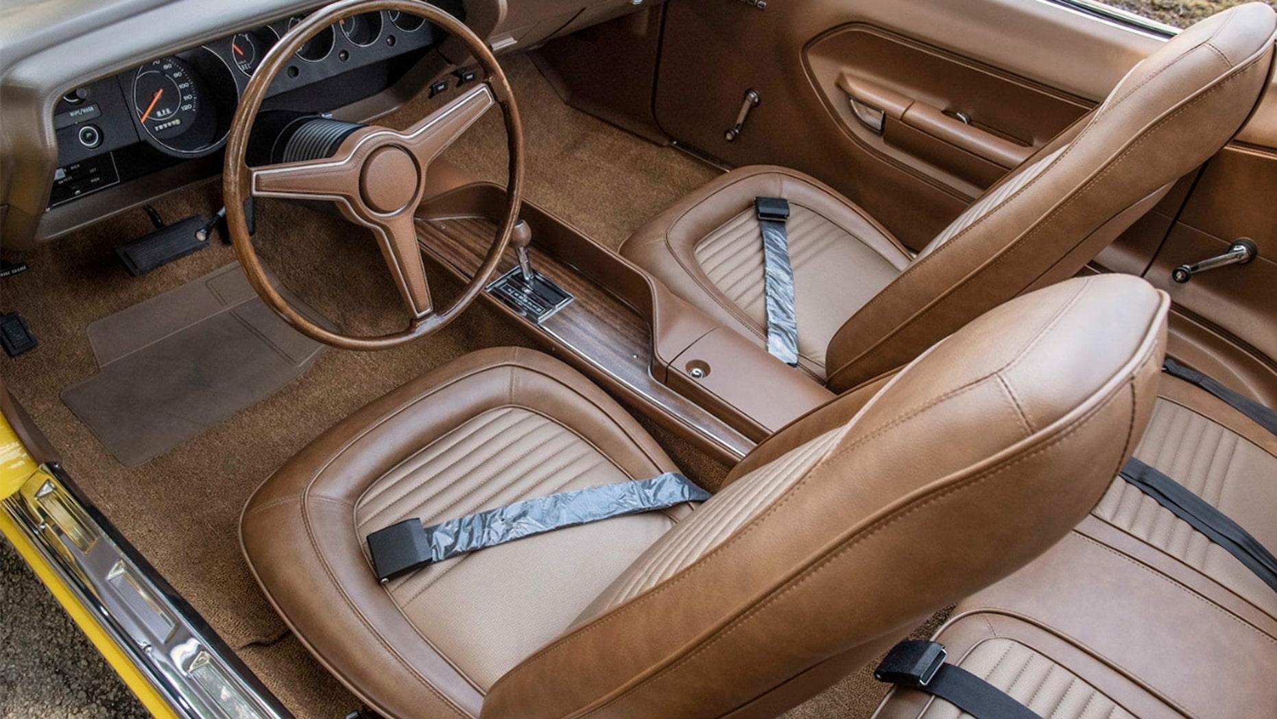 Rare 1970 Plymouth Hemi Cuda interior