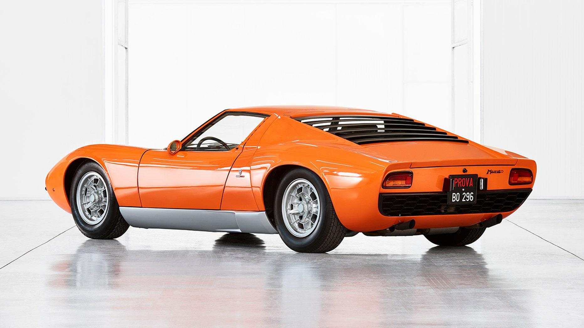 1969 Lamborghini Miura P400 side view