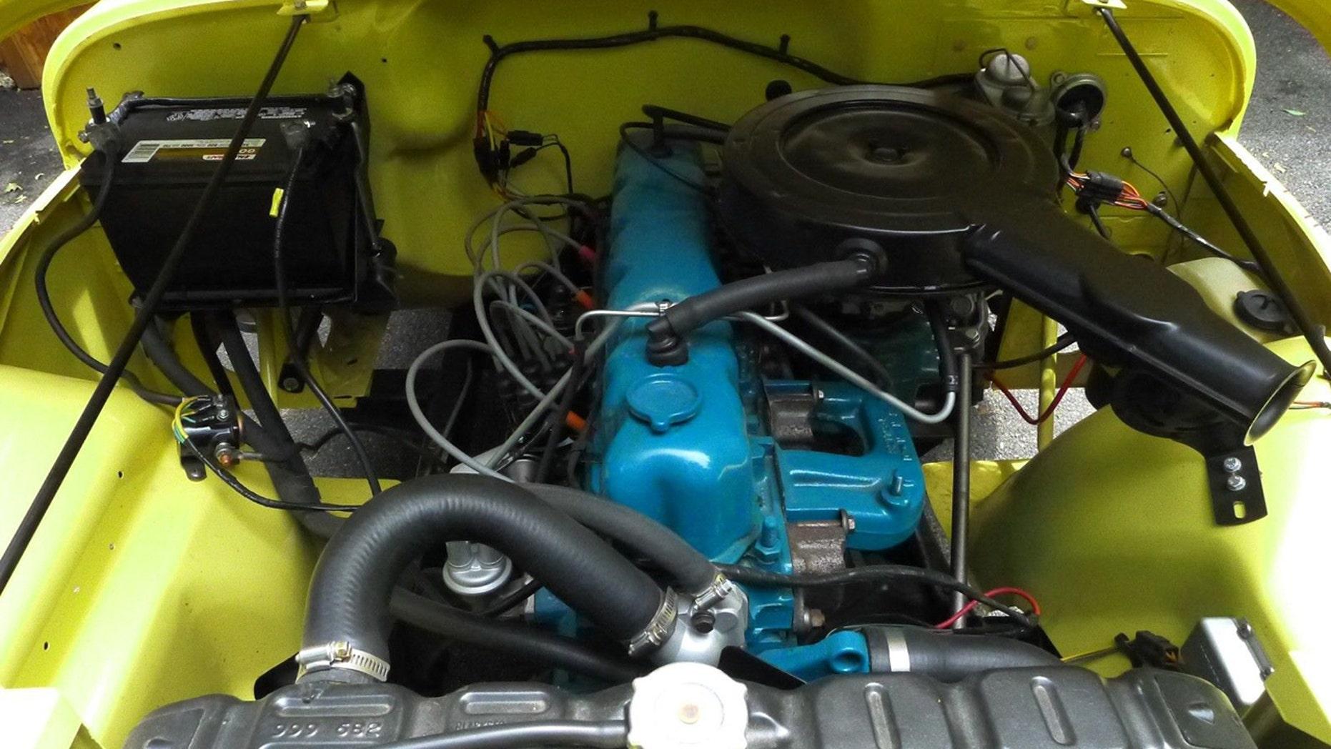 1973 CJ-5 SUper Jeep engine