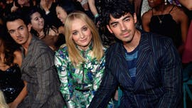 'Game of Thrones' star Sophie Turner honors Sansa Stark, says she and Joe Jonas split briefly