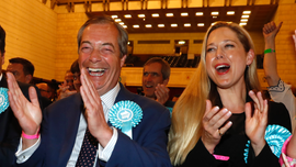 UK Brexit party scores big as Conservatives, Labour falter