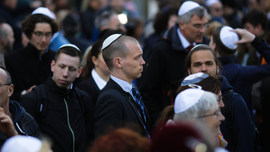 Germany commits to ensuring security for Jews with skullcaps