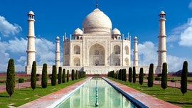 Taj Mahal visitors will be charged additional fee for staying longer than 3 hours
