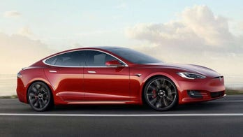 Police: Alleged Tesla thief caught after car ran out of power