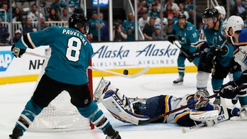 San Jose Sharks top St. Louis Blues 6-3 in Game 1 of NHL Western final