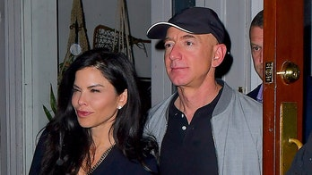 Jeff Bezos, Lauren Sanchez enjoy date night in New York City