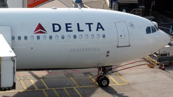 'Suicidal' passenger allegedly tried opening door on Republic Airways flight, screaming she needed to die