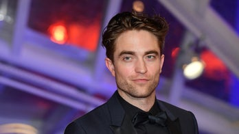 Robert Pattinson to replace Ben Affleck in new 'Batman' film: report