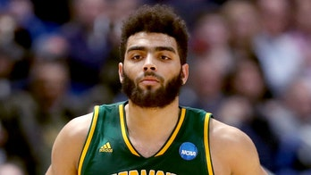 University of Vermont star withdraws from NBA draft to finish senior year