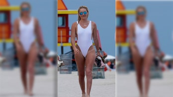 Lindsey Vonn has a 'Baywatch' moment in revealing white bathing suit