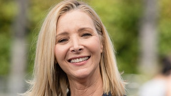 'Friends' alum Lisa Kudrow reveals why she doesn't watch the beloved show