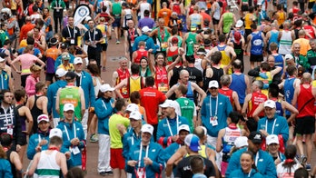 London Marathon runners taunted about weight, speed, pacer claims