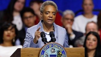 Lightfoot sworn in as Chicago's first openly gay mayor, vows to cut down on corruption