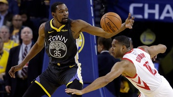 Durant leads the way again, Warriors lead Rockets 2-0