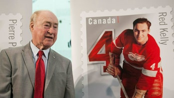 Hockey Hall of Famer Red Kelly dies at age 91